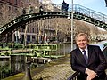 Frederic Lepage, portrait au bord du canal St Martin.jpg