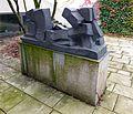 Fritz Wotruba - Die Liegende - Universität Mozarteum (4).jpg