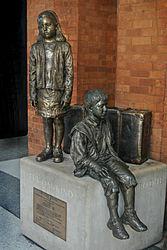 Fur Das Kind-monument.jpg