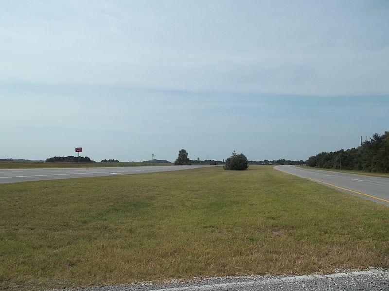 File:GA Brunswick US 17 south01.jpg