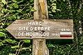 GR10 guidepost 02.jpg