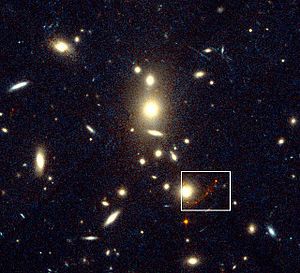 CL1358+62 - Image: Galaxy Cluster CL1358+62