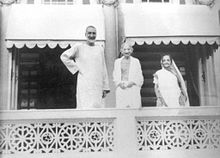 Gandhi and Abdul Gaffa Khan.jpg