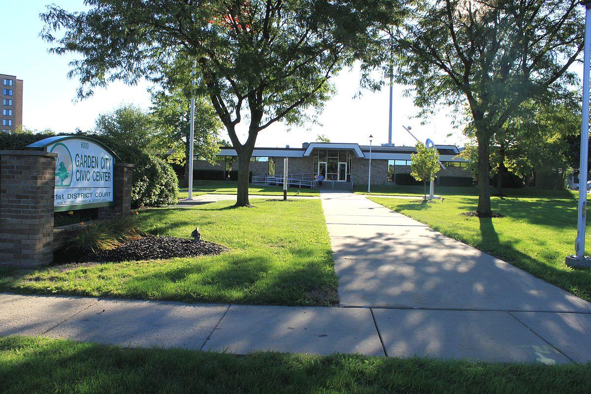 garden city michigan wikipedia - Garden City Middle School