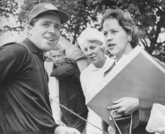 Gary Player - Gary Player with wife (right) and her mother, who were his dedicated supporters at golf tournaments