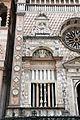Giovanni antonio amadeo, facciata della cappella colleoni, 1472-75, finestra di sx 01.JPG