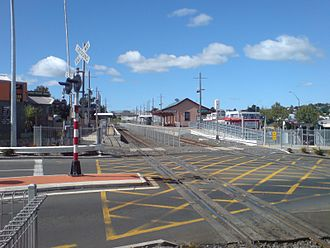 Glen Eden railway station - The station from the West.