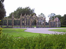 Golden Gates at Eaton Hall Cheshire.JPG