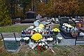 Grób Admirała Andrzeja Karwety (2.11.2011) - Admiral Andrzej Karweta Grave (2nd Nov. 2011) - panoramio.jpg