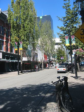 Granville Mall, Vancouver - Granville Mall in 2006; this portion south of Robson Street remained open during Canada Line construction.