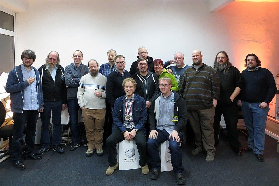 Gruppenfoto Eröffnungsfeier Wikipedia Kontor Hamburg