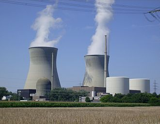 Gundremmingen Nuclear Power Plant - Gundremmingen Nuclear Power Plant: Unit A (left foreground), Units B and C (right) and their cooling towers (rear)