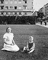 Gyerekek a Szent István Parkban, 1940 Budapest. Fortepan 3647.jpg