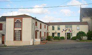 Saint-Florent-des-Bois - The town hall in Saint-Florent-des-Bois