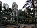 HK Chai Wan Hing Wah (I) Estate 28 covered walkway visitors Sept-2012.JPG