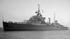 HMCS Ontario (C53) - Image: HMCS Ontario SLV Allan Green