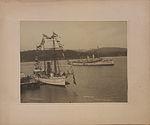 HMS Shearwater and HMCS Rainbow, 7th November, 1910 (HS85-10-23190).jpg