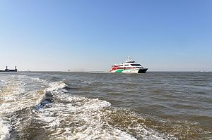 Halunder Jet (ship, 2003) 2012 by-RaBoe 10.jpg