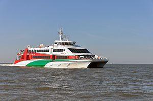 Halunder Jet (ship, 2003) 2012 by-RaBoe 16.jpg