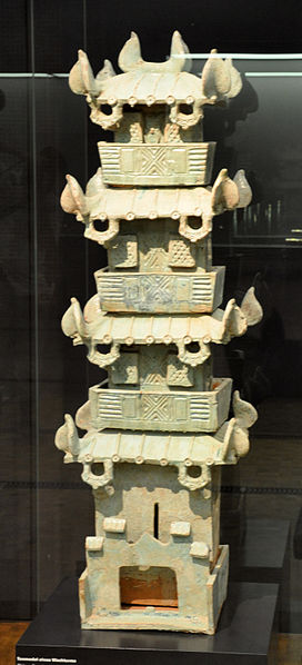 File:Han Tonmodell eines Wachturms Museum Rietberg.jpg