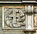 Hannover Neues Rathaus Geschichtsfries Bernwardskreuz.jpg