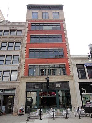 Detroit Beer Company - Front of Hartz Building