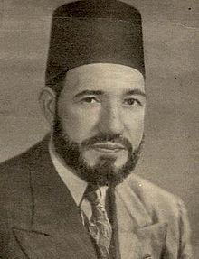 https://upload.wikimedia.org/wikipedia/commons/thumb/b/bb/Hassan_al-Banna.jpg/220px-Hassan_al-Banna.jpg
