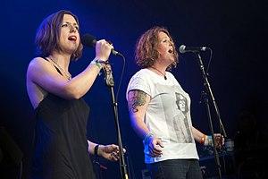 O'Hooley & Tidow - Image: Heidi Tidow and Belinda O'Hooley (14828618271)