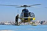 Helicóptero da PRF decola da sede estadual da instituição em Curitiba (37088702512).jpg