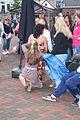 Helpen met aankleden buikdanseres Spijkenisse.jpg
