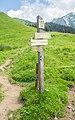 Hiking sign at Chalets de Freterolle.jpg