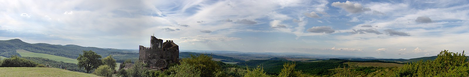 Hollókő-panorama.jpg