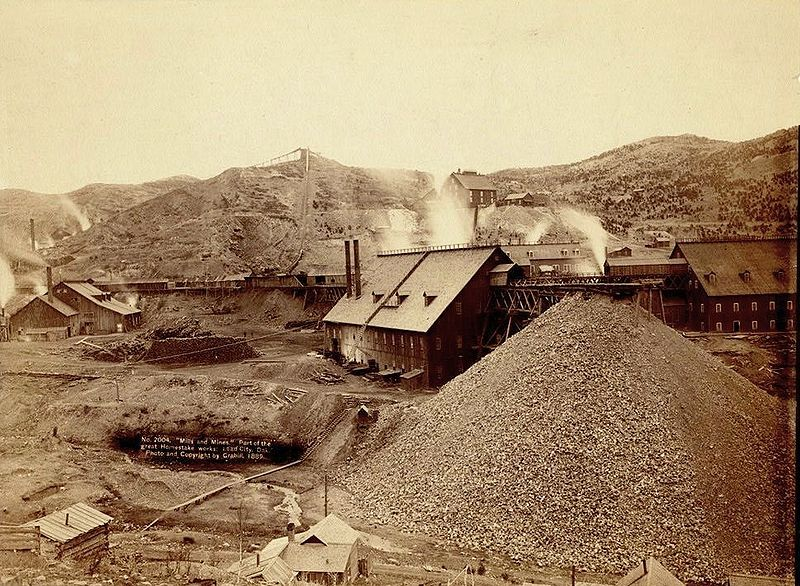 File:Homestake works mine 1889.jpg