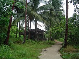 House near the northern coast of Pulau Ubin, Singapore - 20050803.jpg