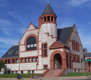 Hoyt Public Library in Saginaw