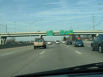 Interstate 264 (Kentucky) - East-bound I-264 on the approach to I-64 and Shelbyville Road exits