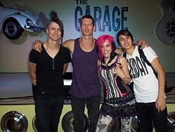 Icon for Hire bei The Garage 2011