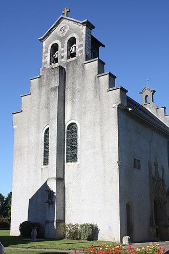 Igon - The church of Saint-Vincent, in Igon