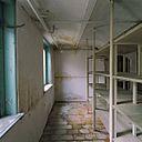 Interieur, houten schap in kelder (Oosterstraat) - Groningen - 20381439 - RCE