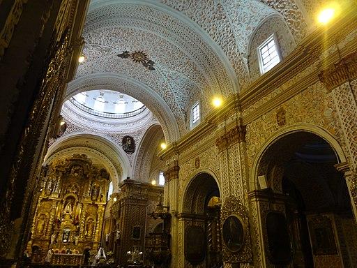 Interior de la iglesia (Iglesia de La Merced, Quito)