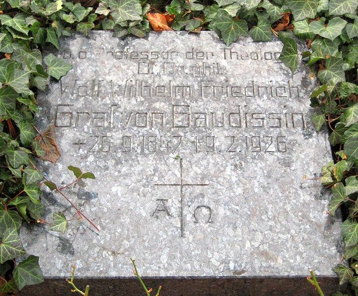 File:Invalidenfriedhof, Grabmal von Baudissin, Wolf Wilhelm.jpg