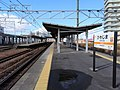 JR-Biwajima-station-platform.jpg