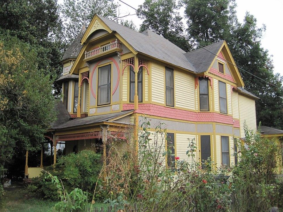 Jonesboro AR historic Bell House 303 Cherry St