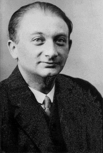Joseph Roth - Image: Joseph Roth (1926)