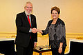 Juan Somavía e Dilma Rousseff 2011.jpg