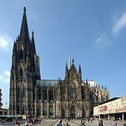 Kölner Dom Südfassade 2011 (2600-02).jpg