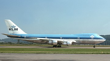 KLM Boeing 747-200 PH-BUF (7491686916).jpg