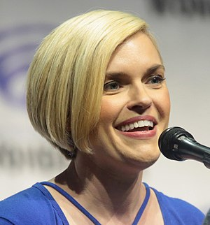 Kari Wahlgren - Wahlgren at WonderCon 2017