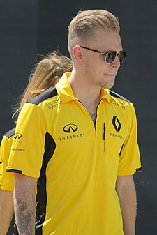 Kevin Magnussen April 2016.jpg