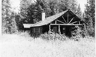 Kishenehn Ranger Station Historic District Ranger station